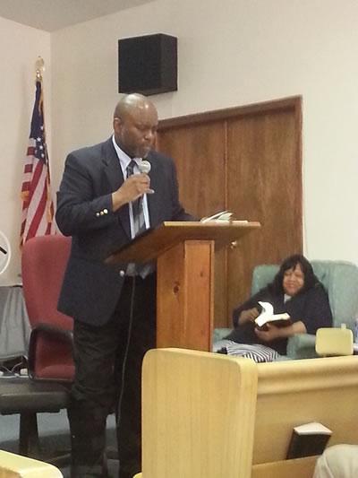 Pastory Gary preaching